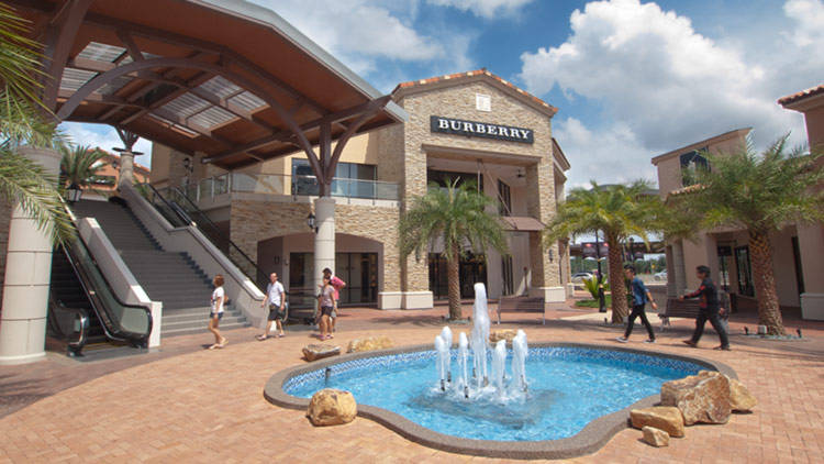 Burberry - Johor Premium Outlets by GoingPlaces.SG on Flickr flic.kr/p/b7UTmc